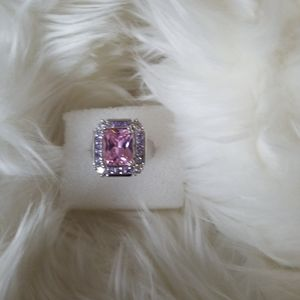 New .925 Sterling  ring w/ pink CZ emerald cut